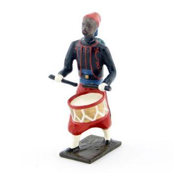 tambour de zouaves avec chéchias, tresses rouges