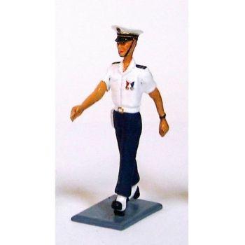 """officier des Forces maritimes de l'aéronautique navale (""""Aéronavale"""")"""