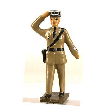 """gendarme saluant en tenue dite """"couleur sable"""" (rendue célèbre par le gendarme de St Tropez)"""