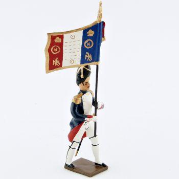 drapeau des grenadiers de la garde, pied gauche en avant