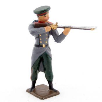 fantassin de l'infanterie russe au feu