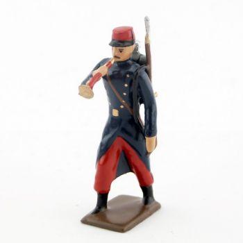 clairon de l'infanterie de ligne en capote, pantalon garance