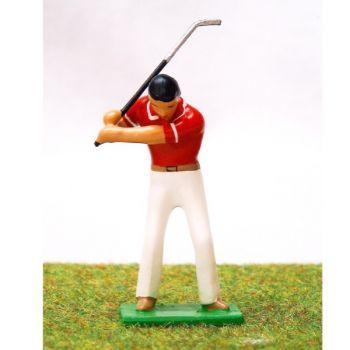 golfeur en fin de montée, polo rouge