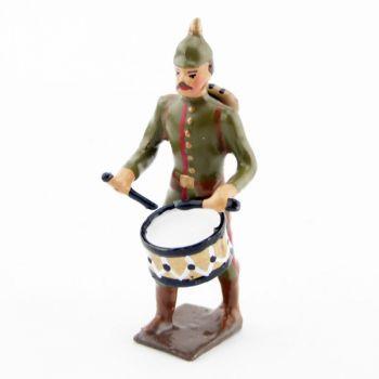 tambour de l'infanterie prussienne, tunique reseda (kaki), casque à pointe (p