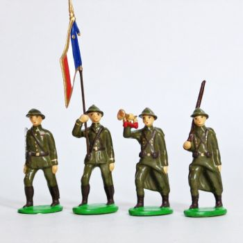 Infanterie de ligne, casque adrian, tenue kaki (1939-1945), ensemble de 4 figuri