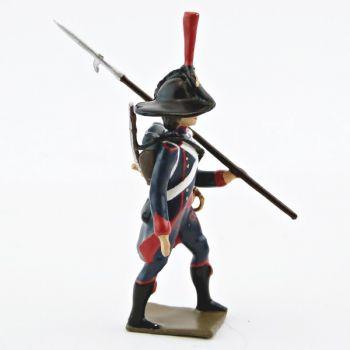 fantassin du 1er Rgt de Pontonniers (dits du Rhin) avec lance sur l'épaule