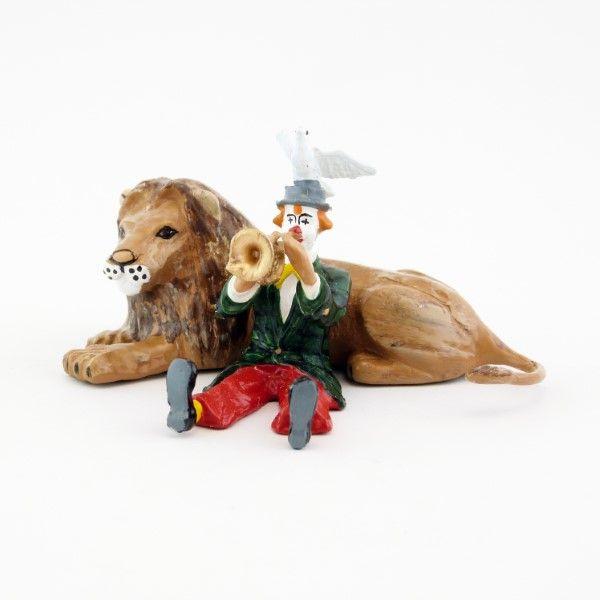 https://www.soldats-de-plomb.com/12781-thickbox_default/clown-jouant-de-la-trompette-assis-devant-un-lion.jpg