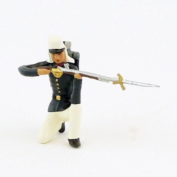 https://www.soldats-de-plomb.com/12831-thickbox_default/fantassin-de-la-legion-tenue-bleue-en-tunique-maroc-1910-a-genou-fusil-en-jo.jpg