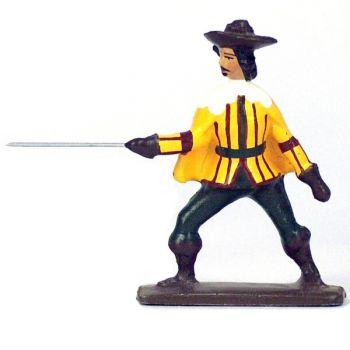 Mousquetaire, tenue jaune et bordeaux, avec cape