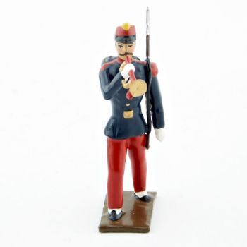 clairon de l'infanterie de ligne en tunique, pantalon garance