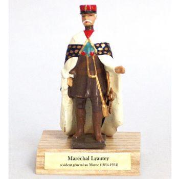 Maréchal Lyautey sur socle bois