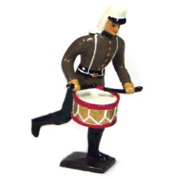 tambour de la légion étrangère à l'assaut
