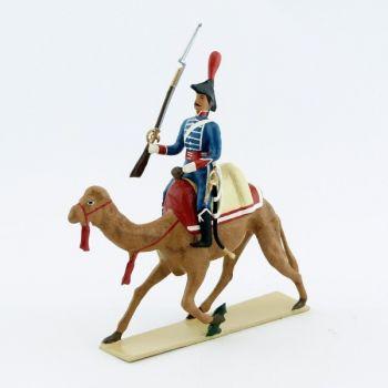 grenadier du régiment de dromadaires, fusil à la main
