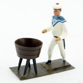marin devant baquet