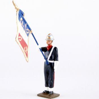 porte-drapeau de la Garde au drapeau