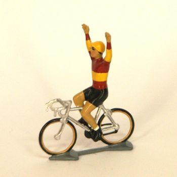 Champion d'Espagne, bras en l'air