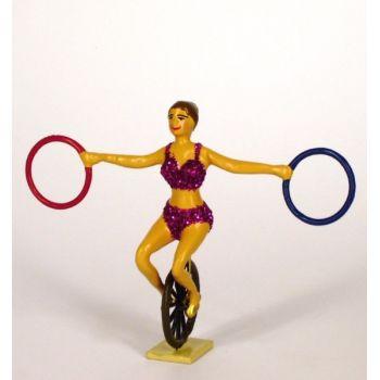 femme sur monocycle