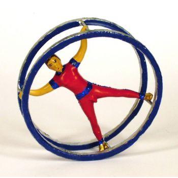 acrobate dans le grand cerceau, la roue allemande