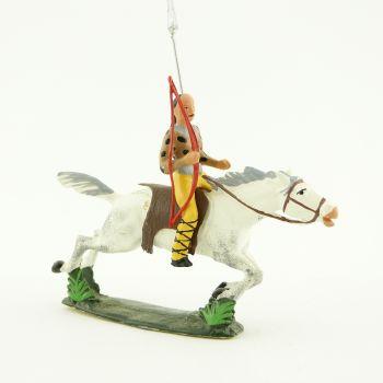 cavalier hun, tête à queue de cheval, avec arc et lance