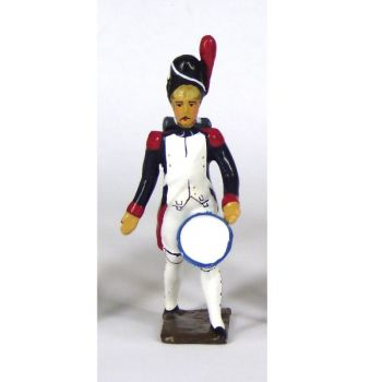 tambour des grenadiers de la garde portant sa caisse contre la cuisse