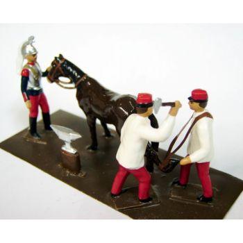 """ensemble """"le Maréchal Ferrand (3 p. + 1 cheval soudés sur tôle)"""