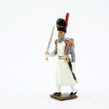 sapeur de l'infanterie de marine avec scie