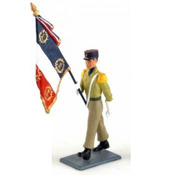 porte-drapeau du 8e RPIMa (Régiment de Parachutistes d'Infanterie de Marine)
