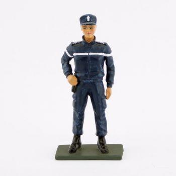Femme gendarme, nouvelle tenue