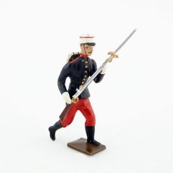 fantassin du régiment espagnol 1880 à l'assaut