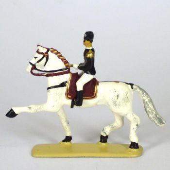 Allongement au trot, cavalier du Cadre Noir, petit modèle (h. 55 mm)