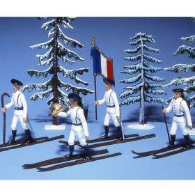 Chasseurs alpins en tenue d'hiver (blanc) à skis